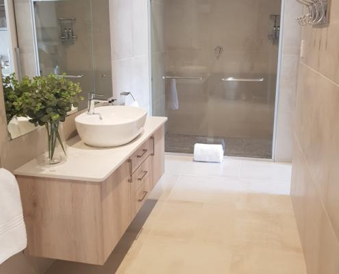 Luxury Executive Suite Bathroom